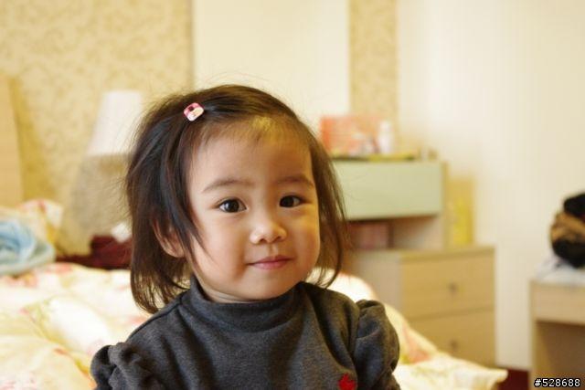 我的小孩(第一次使用單眼相機K-x時(2010-01-17)拍的,)