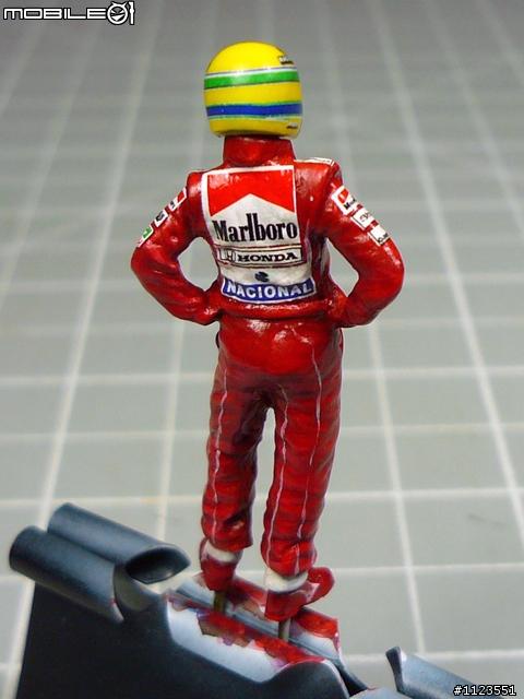 ... 手抖個不停》005號--43分之1人型製作:A.Senna 洗拿人型