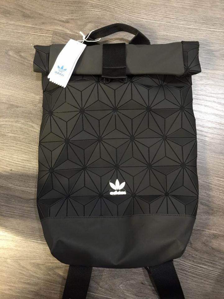 愛迪達包包小分享 Originals Urban Backpack 包包大集合 時尚討論區 Mobile01