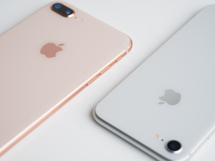 iPhone 8背面特写