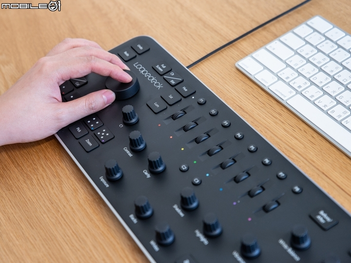 Loupedeck Lightroom專用修圖鍵盤