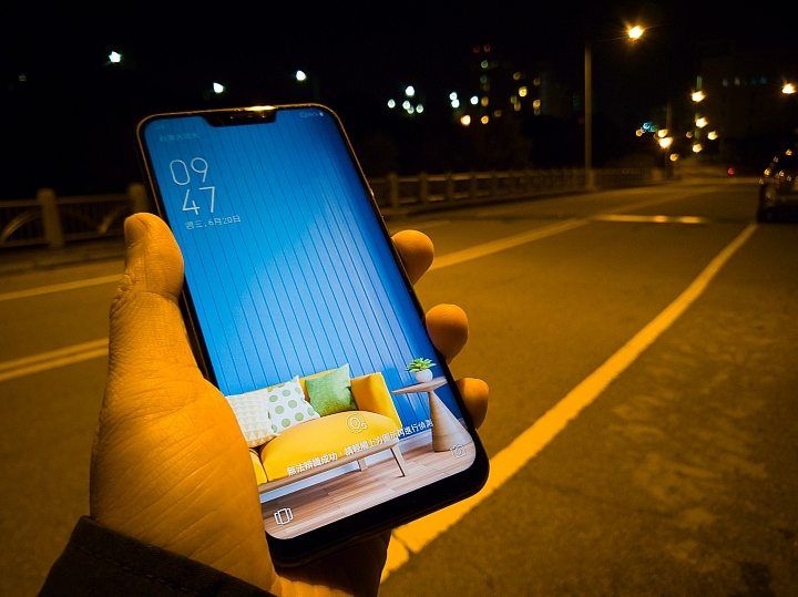 【 ZenFone 5z】ZenFone5的加強版!評測與實拍照。
