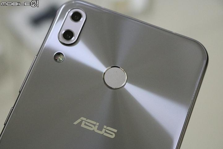 【華碩智慧旗艦Zen由你拍】 Asus Zenfone 5Z 開箱 - 17