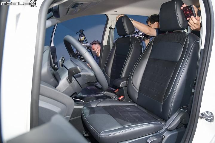 Ford Ecosport Ecoboost 125 前座內裝