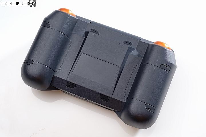 Asus ROG Phone全套大开箱,颠覆行动电竞的使用常识 222