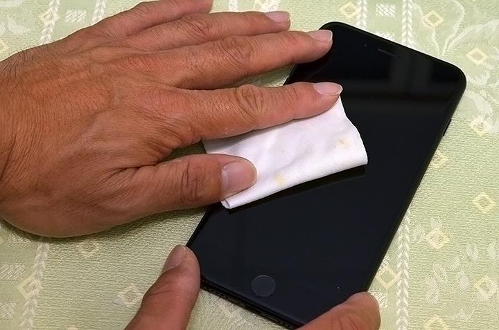 貼保貼不求人!DIKE DTS111 輕輕鬆鬆就可以輕易貼好滿版鋼化玻璃保貼 - 13