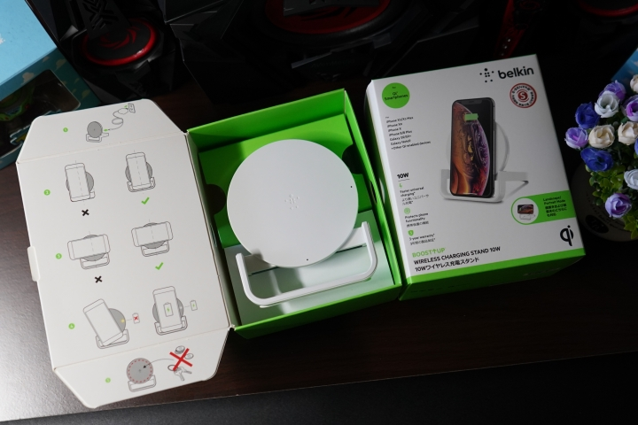 「Belkin Boost Up Stand 無線充電桌架 - 7.5W/10W」:直橫隨放隨心所欲/享受更快的無線充電生活 - 6
