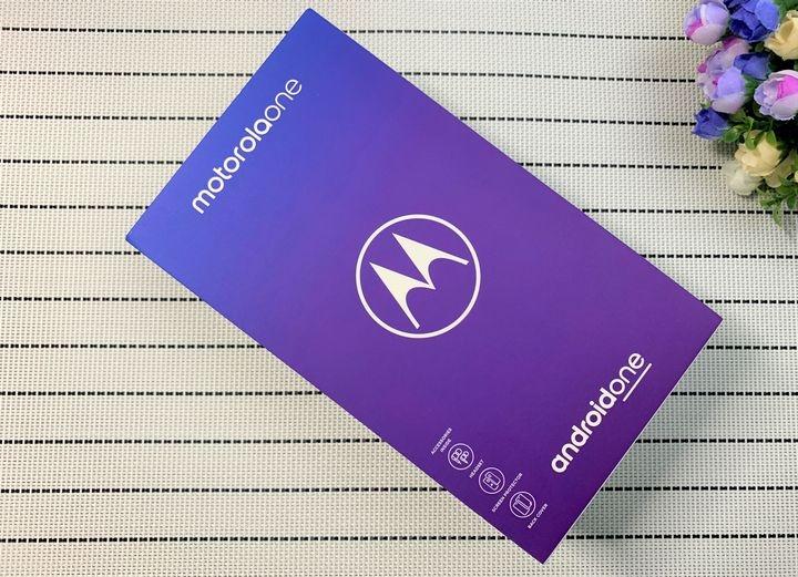 Moto one功能完整荷包省:快充/ NFC/ 杜比音效/雙鏡頭/Google防護手機安全無死角 - 2