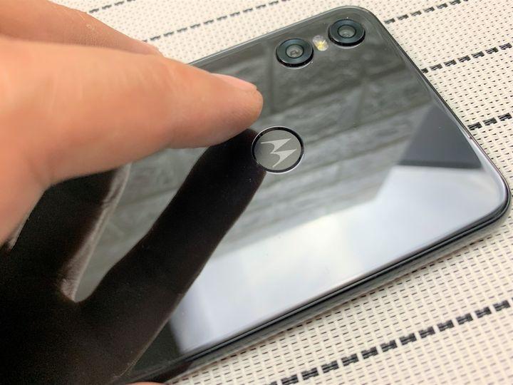 Moto one功能完整荷包省:快充/ NFC/ 杜比音效/雙鏡頭/Google防護手機安全無死角 - 17