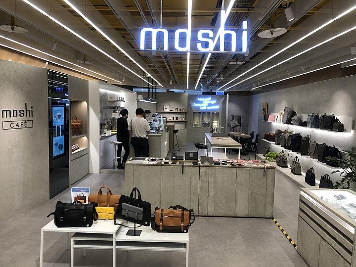 [開箱] Moshi SnapTo磁吸充電車架 讓無線充電就是這麼樸實無華且便利 - 24