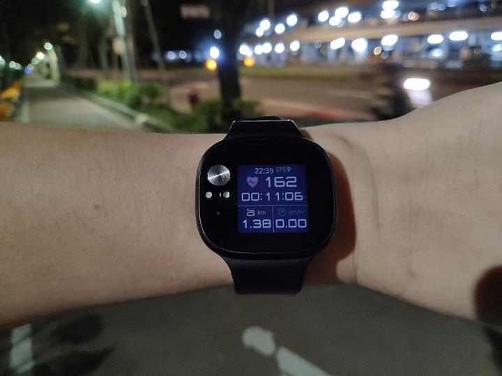 [閒聊] 運動時使用的穿戴裝置 - 6