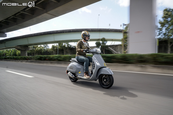 Vespa GTS 300 hpe SuperTech 改款全台独家首试