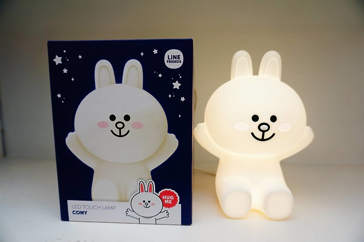 HUG ME LED Touch Lamp 兔兔小夜燈 陪伴一夜好眠~ - 5