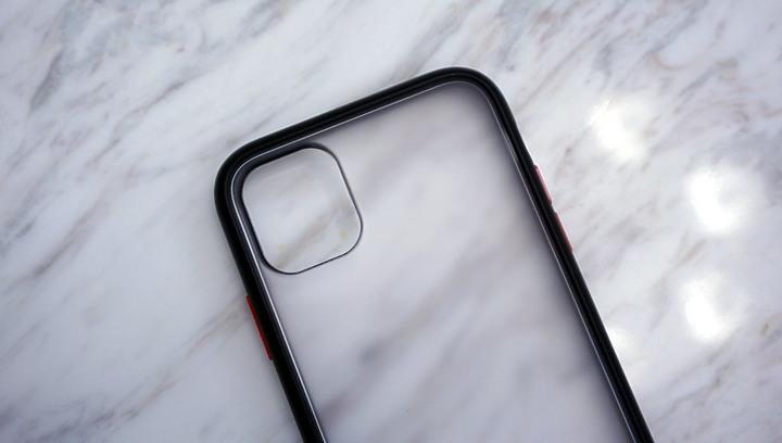 iPhone11 hoda柔石軍規防摔殼 + 康寧0.33mm 2.5D滿版保護貼 真好貼