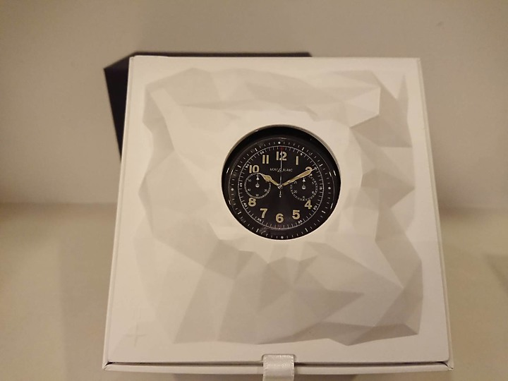 過年前買新手錶萬寶龍 MONTBLANC-SUMMIT 2 智能腕錶 S2T18 - 6