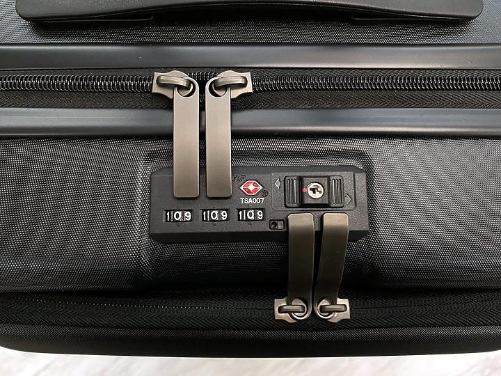 短期旅遊登機箱推薦 – With Me 威爾斯輕量雙層行李箱