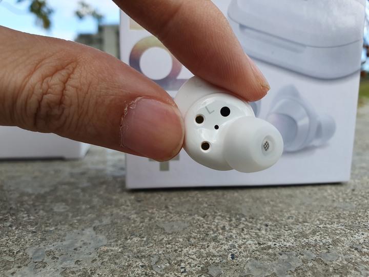 我的最美真無線藍牙耳機,Samsung Galaxy Buds+ 月光白 開箱試用 - 15