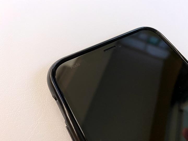 保護心愛的iPhone? 交給hoda藍寶石3D幻影螢幕保護貼與Mous英國防摔殼 瞻前又顧後提供最頂級防護 - 6