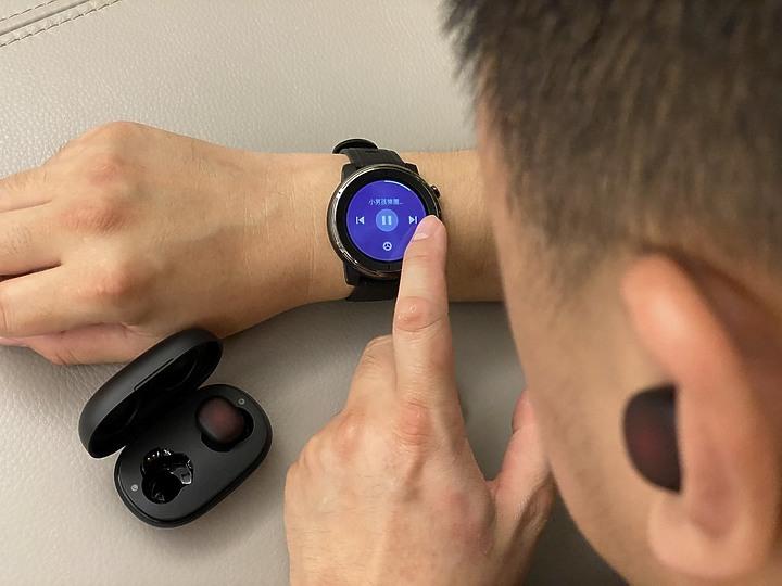 華米 Amazfit PowerBuds 運動心率感測 等化器EQ調整 環境音監聽等多功能真無線耳機 陪伴你生活每一天