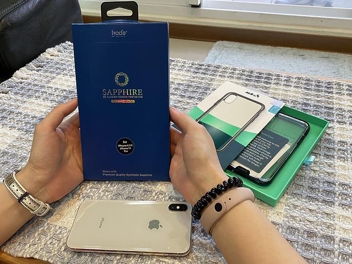 手機的第二生命,頂級防護的完美組合:hoda 藍寶石幻影 3D 隱形滿版螢幕保護貼及 Mous 英國防摔手機殼