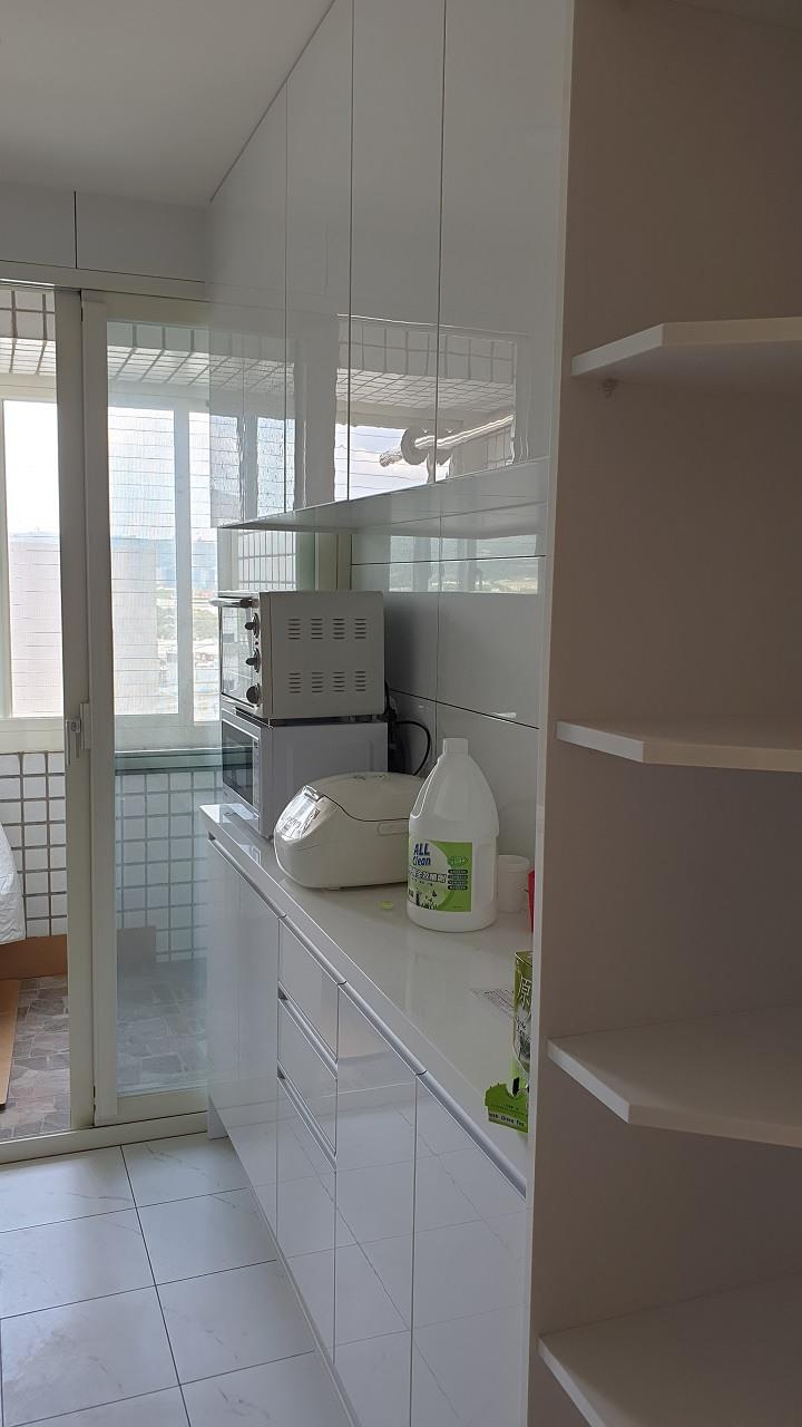 新廚具鋼琴烤漆-裝潢實案例-PULO裝潢平台