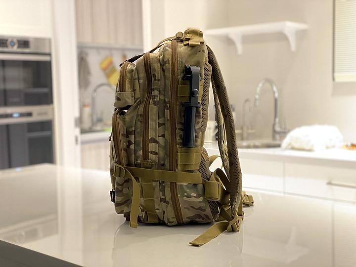 bagrun 二代都會玩家軍事風格瞬開後背包 一款多功能/好背/好看的背包 - 18