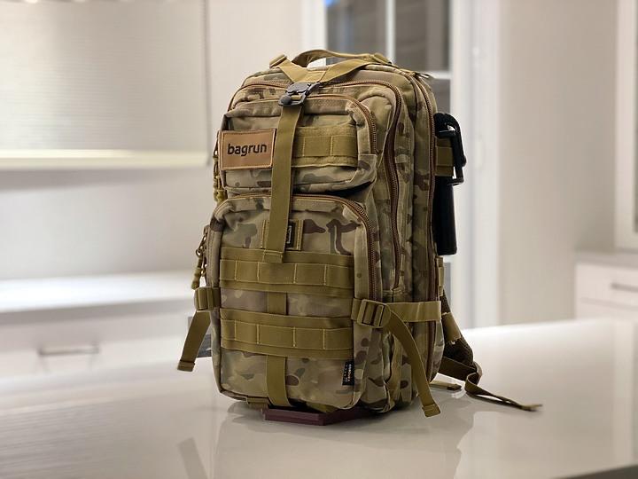 bagrun 二代都會玩家軍事風格瞬開後背包 一款多功能/好背/好看的背包 - 2