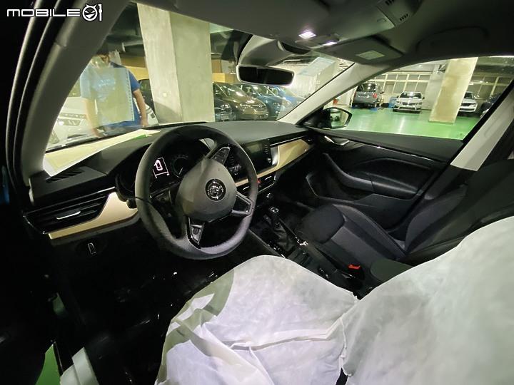 【KAMIQ 開箱】人生第一台新車Kamiq 1.5開箱與心得
