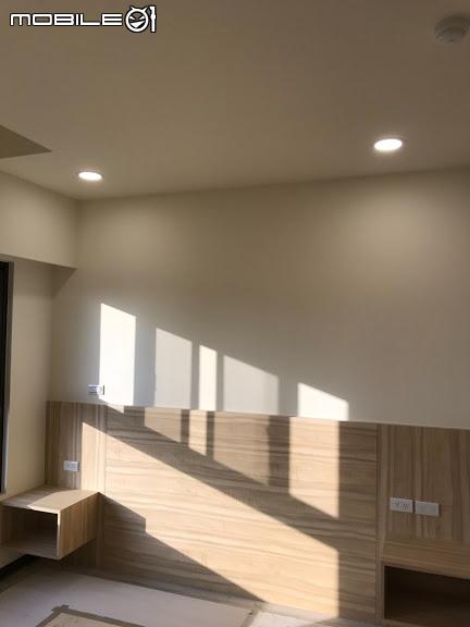 主臥床邊桌-PULO裝潢平台