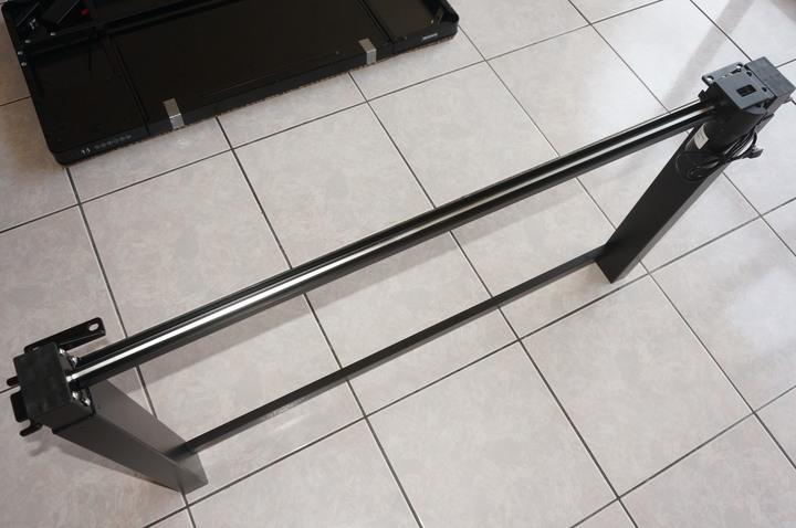 第一次挑選電動升降桌就上手 : 「樂歌Loctek人體工學電動升降桌ET118」一鍵自動升降/4檔記憶高度/雙重安全防護