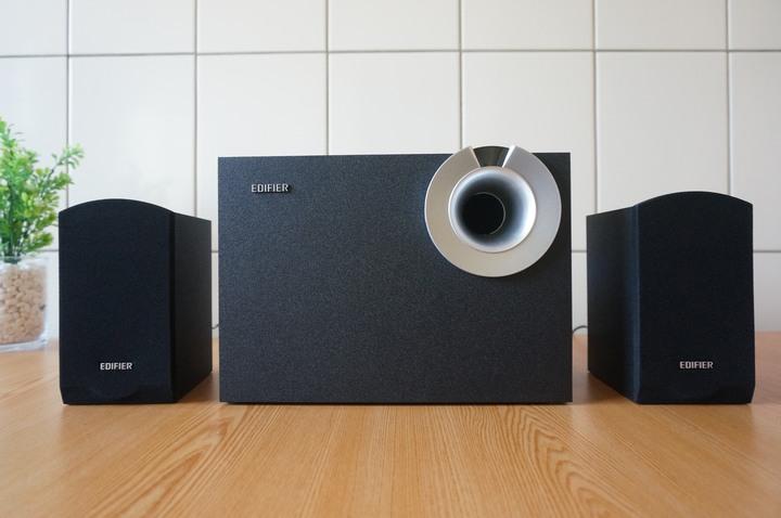 EDIFIER M206BT 2.1主動式藍牙喇叭/低音音量可調整設計/釋放音樂渾厚重低音