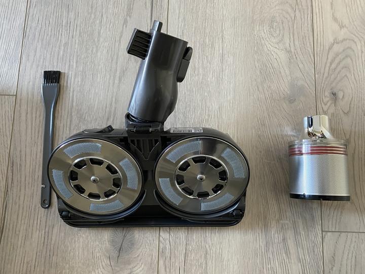 史上最豐富開箱之 - LG A9 K系列 WiFi 濕拖無線吸塵器 讓你打掃不費力!- 產品試用體驗文分享
