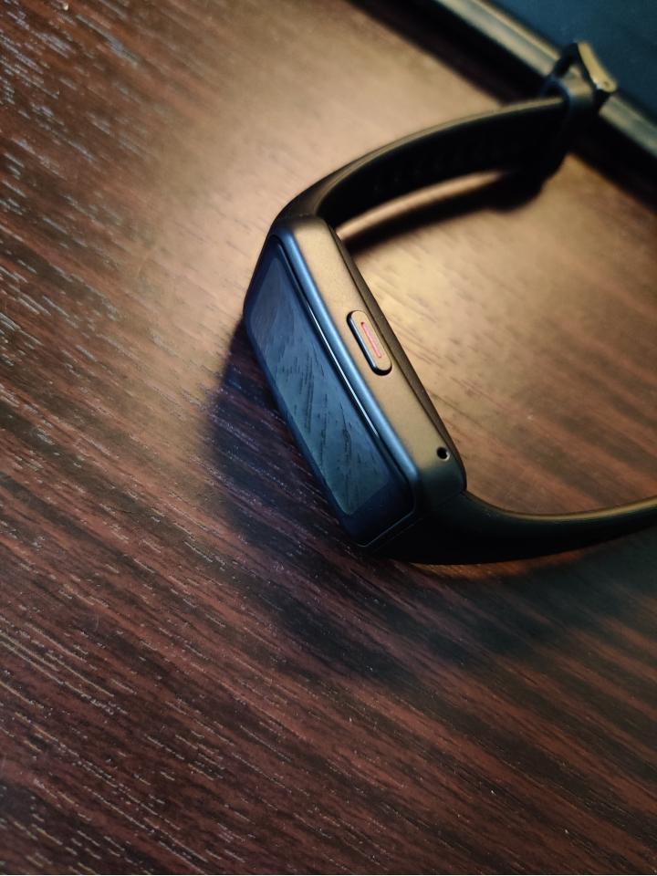 榮耀手環 6 NFC 小開箱