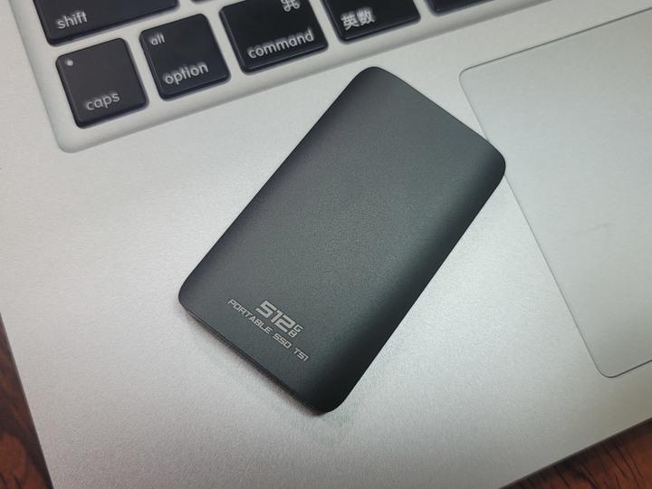 達墨科技Topmore Portable SSD TS1 512GB外接式固態硬碟/資料儲存備份的美型方案