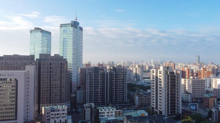 New 南區 *坤悅君匯* 超高大樓 十二年教育免煩惱 市區機能學區宅 潛銷討論