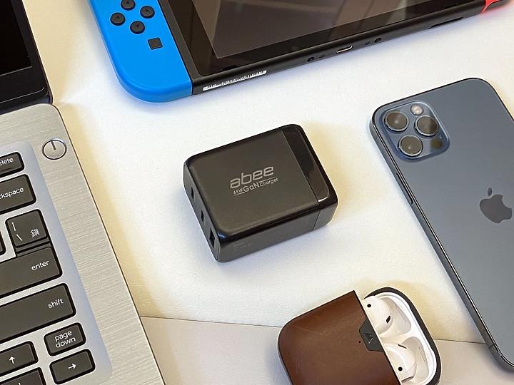 快譯通abee 氮化鎵65W迷你3孔快充 iphone 12, Switch, 筆電, type C....1099