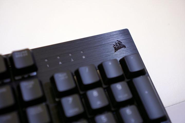Corsair K60 RGB PRO機械電競鍵盤 CHERRY VIOLA軸好香阿6125