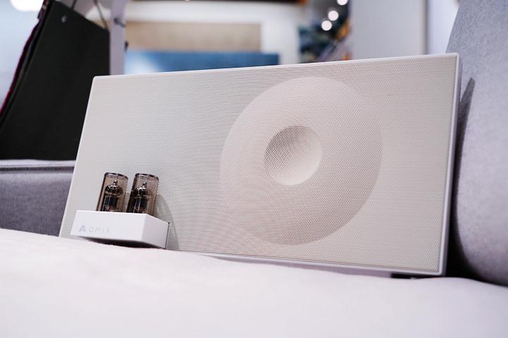 (推)真不錯,連藍牙喇叭也有雙真空管,OMIX VAC-MX全音域環...517