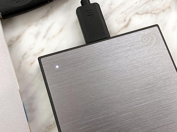 Seagate Backup Plus Slim 2.5吋行動硬碟 輕巧體積大大容量 還送...9455
