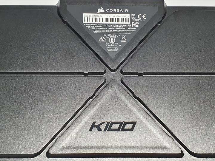 Corsair K100 RGB 機械式電競鍵盤 OPX 光軸開箱試用