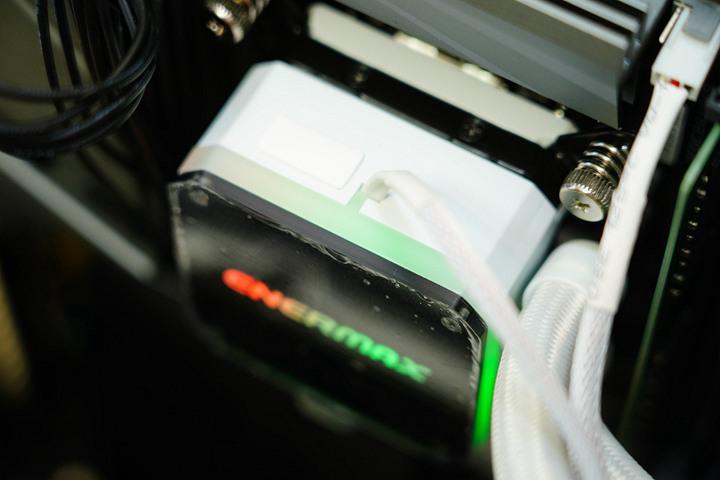 SuperCool 極度降溫,安耐美虹彩晶凌雪白版 LIQMAX III 360 ARGB W...613