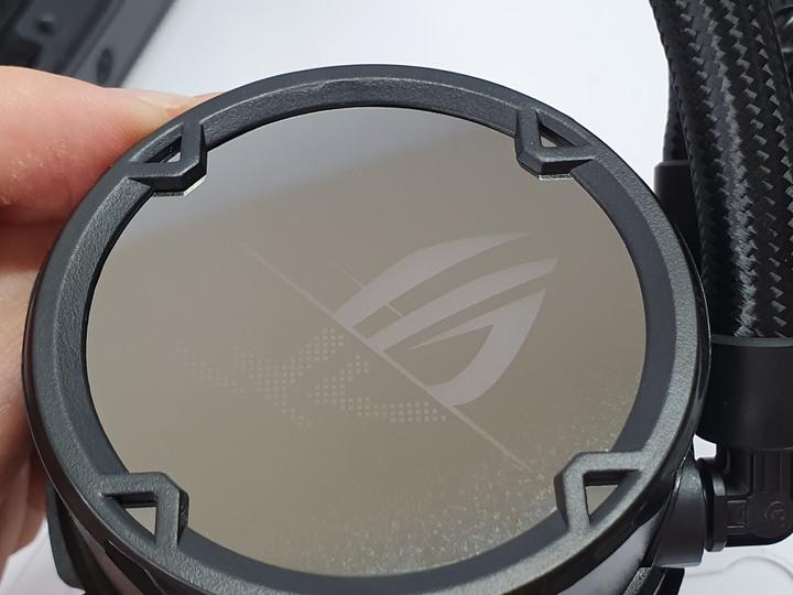 燈效至上主義,二代飛龍ROG STRIX LC II 360 ARGB 一體式水冷開箱試用