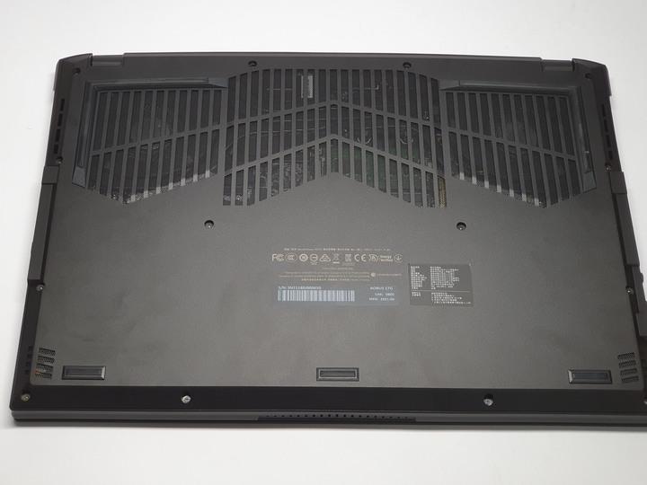 真正意義上的疾速電競筆電,AORUS 17G 機械神鷹開箱試用