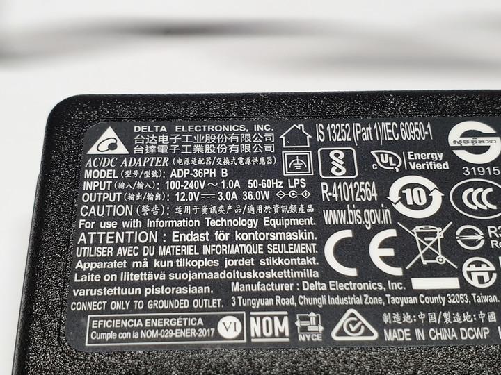 居家美學新主張,ASUS ZenBeam Latte L1無線藍牙行動投影機開箱9889
