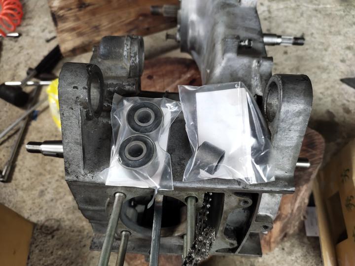 教父親如何拆裝機車引擎(車種-三陽-舊迪爵125)(2021/09)4599