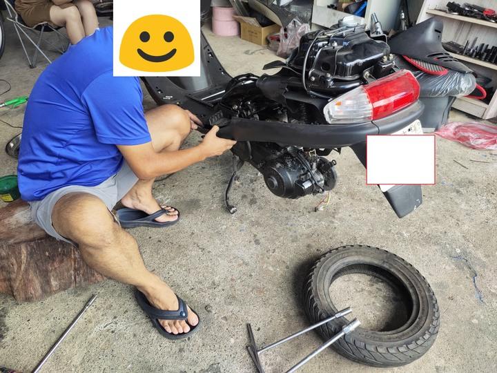 教父親如何拆裝機車引擎(車種-三陽-舊迪爵125)(2021/09)5201