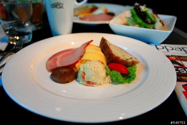 台南市- ORO 咖啡館- 旅遊美食- Mobile01